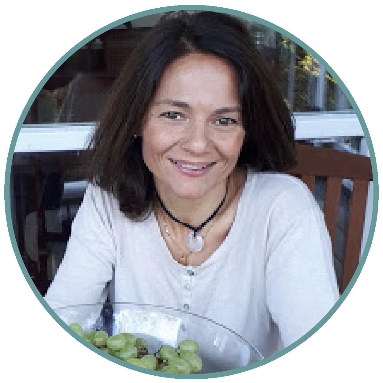 Marta PucholLicenciada en farmacia y Coach nutricional